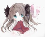 1girl bangs barefoot black_ribbon blue_eyes blush bow brown_hair chibi closed_mouth commentary_request cottontailtokki craft_essence dress fate/grand_order fate_(series) formalcraft full_body grey_background hair_between_eyes hair_bow hair_ribbon head_tilt hood hood_down hooded_dress long_hair parted_bangs pink_bow red_dress ribbon simple_background sitting smile solo sparkle toosaka_rin twintails very_long_hair yokozuwari