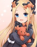 1girl :d abigail_williams_(fate/grand_order) bangs black_bow black_dress black_hat blonde_hair blue_eyes blush bow brown_background bug butterfly commentary_request dress eyebrows_visible_through_hair fate/grand_order fate_(series) forehead hair_bow hat highres insect long_hair long_sleeves looking_at_viewer object_hug open_mouth orange_bow parted_bangs polka_dot polka_dot_bow sleeves_past_fingers sleeves_past_wrists smile solo stuffed_animal stuffed_toy teddy_bear very_long_hair yukikawa_sara