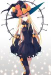 1girl abigail_williams_(fate/grand_order) absurdres black_bow black_dress black_hat blonde_hair blue_eyes blush bow breasts detached_sleeves dress fate/grand_order fate_(series) ginong hair_bow hat heterochromia highres key keychain long_hair long_sleeves looking_at_viewer medium_breasts polka_dot polka_dot_bow red_eyes single_thighhigh sleeves_past_fingers sleeves_past_wrists smile solo standing stuffed_animal stuffed_toy teddy_bear thighhighs yellow_bow
