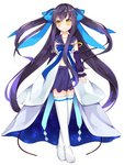 1girl bangs black_hair blue_bow blush boots bow brown_eyes closed_mouth commentary_request crossed_legs detached_sleeves dress eyebrows_visible_through_hair full_body hair_between_eyes hair_bow long_hair long_sleeves maki_soutoki original pleated_skirt puffy_long_sleeves puffy_sleeves purple_sailor_collar purple_skirt purple_sleeves sailor_collar sailor_dress simple_background skirt sleeveless sleeveless_dress sleeves_past_wrists smile solo standing thigh_boots thighhighs two_side_up very_long_hair watson_cross white_background white_dress white_footwear white_legwear yellow_eyes
