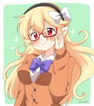 1girl alternate_costume bespectacled black_hairband blonde_hair closed_mouth commentary_request corrin_(fire_emblem) corrin_(fire_emblem)_(female) eromame fire_emblem fire_emblem_fates glasses green_background hairband long_hair long_sleeves pointy_ears red-framed_eyewear red_eyes simple_background solo twitter_username upper_body