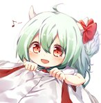 2girls ahoge bow commentary ex-keine eyebrows_visible_through_hair fujiwara_no_mokou green_hair hair_between_eyes highres horn_bow horns kamishirasawa_keine looking_at_viewer looking_up multiple_girls musical_note pudding_028 red_eyes shirt smile spoken_musical_note suspenders tail touhou white_shirt younger