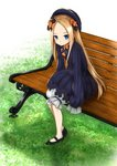 1girl abigail_williams_(fate/grand_order) bangs black_bow black_footwear black_headwear blonde_hair blue_eyes bow commentary_request dress fate/grand_order fate_(series) grass hair_bow hat highres long_hair long_sleeves looking_at_viewer mee_0w0 orange_bow outdoors parted_bangs shoes sitting sleeves_past_fingers sleeves_past_wrists solo very_long_hair wooden_bench