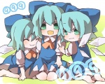(9) 3girls bad_id bad_pixiv_id barefoot blue_eyes blue_hair chibi cirno ikare multiple_girls multiple_persona touhou wings
