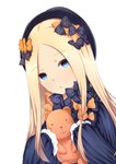 1girl abigail_williams_(fate/grand_order) bangs black_bow black_dress black_hat blonde_hair blue_eyes blush bow chahei commentary_request dress eyebrows_visible_through_hair fate/grand_order fate_(series) forehead hair_bow hat holding holding_stuffed_animal long_hair long_sleeves looking_at_viewer orange_bow parted_bangs parted_lips polka_dot polka_dot_bow simple_background sleeves_past_fingers sleeves_past_wrists solo stuffed_animal stuffed_toy teddy_bear upper_body very_long_hair white_background