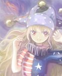 1girl american_flag_shirt arm_up ba9ked bangs blonde_hair clownpiece gradient gradient_background hand_up hat jester_cap long_hair looking_at_viewer purple_background red_eyes short_sleeves smile solo touhou upper_body very_long_hair