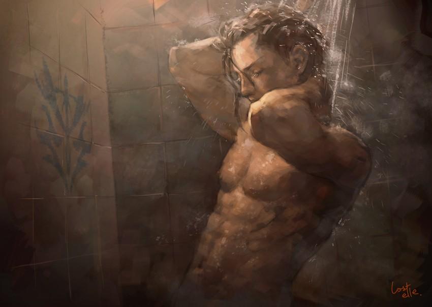 Сексуальный парень в душе, красивый транс большой грудью