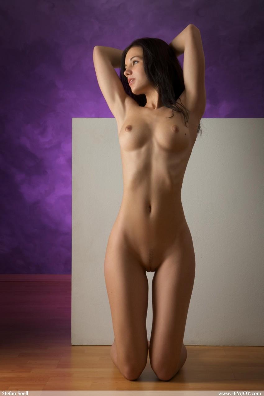 смотреть идеальные стройные голые фото модели